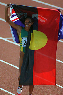 Cathy_Freeman_flag_portrait
